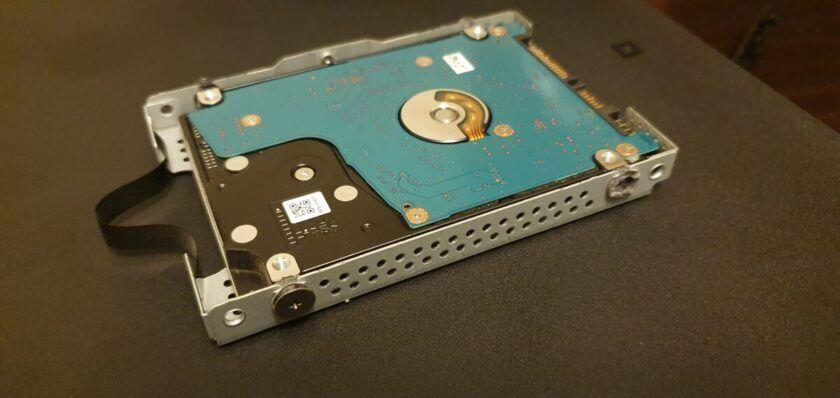 cambiar el disco duro PS4 ssd